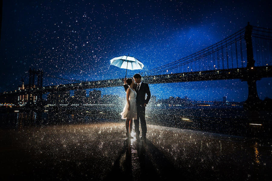 couple portraits rain photography