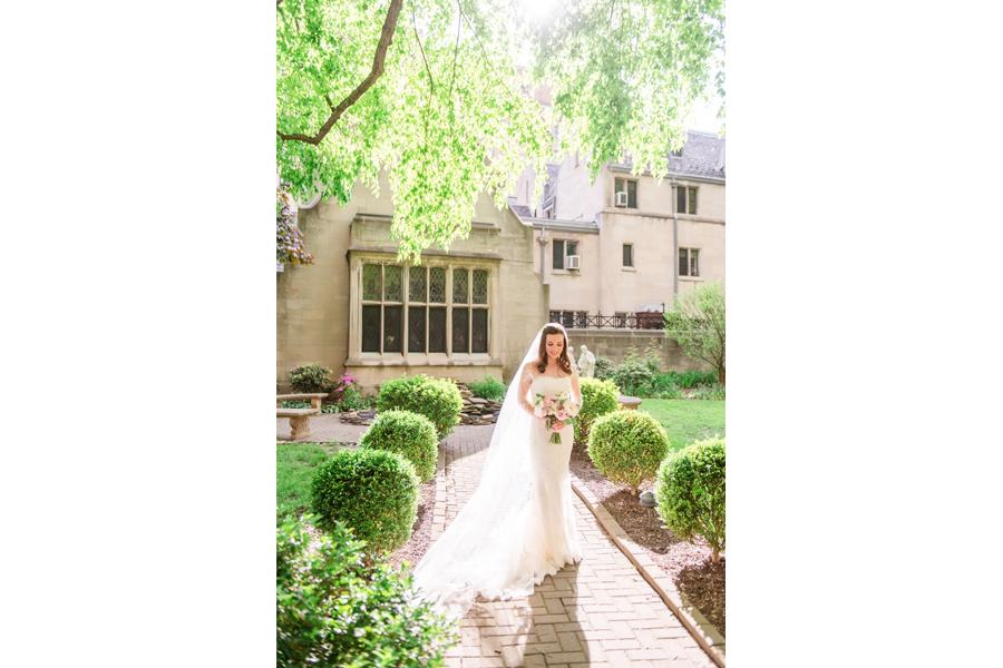bridal portraits wedding lighting
