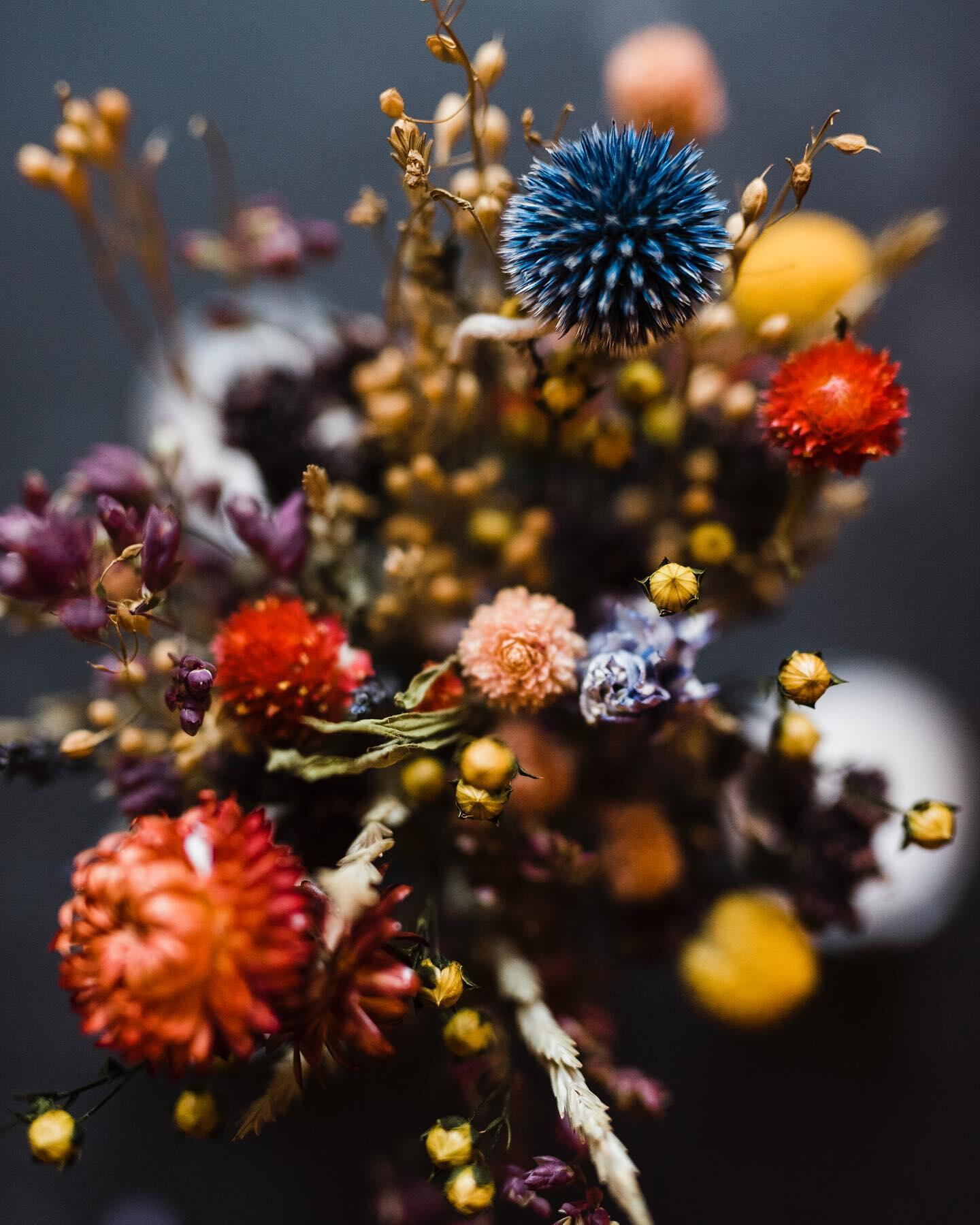 bouquet photo with fall colors