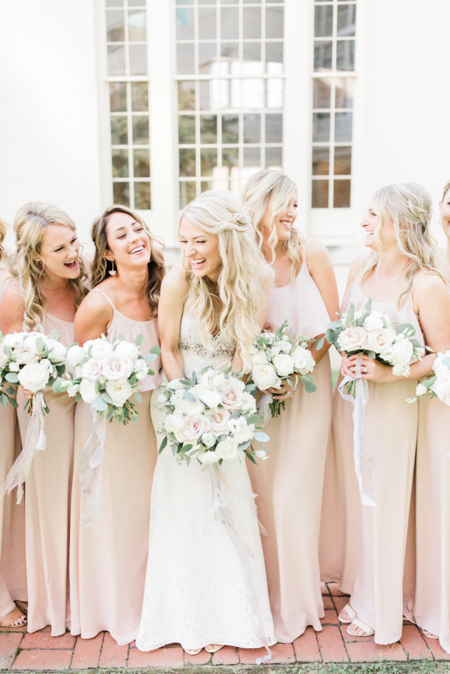 Posing Techniques for the Bridesmaids